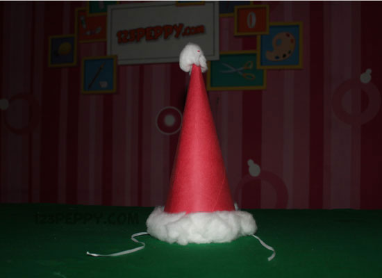 9666ead4b4 How to make Christmas Hat Online  123Peppy.com