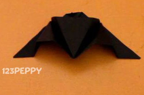 How to Make a Bat with Cardstock