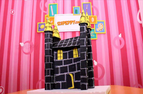 How to Make a Castle with Cardstock