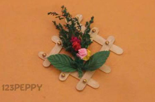 How To Make A Flower Wall Hanging
