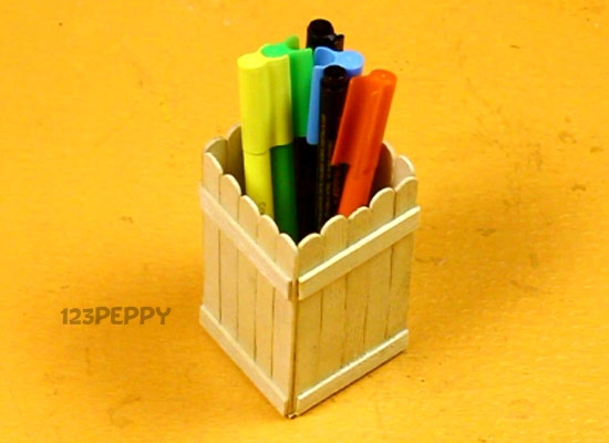 A Simple Pen Holder