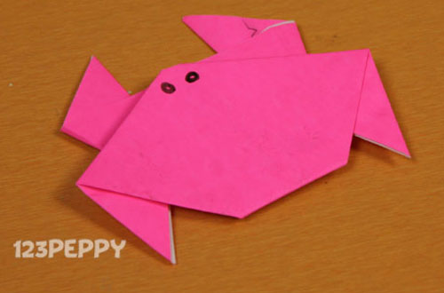 How to make a Crab with Color Paper Online: 123Peppy.com