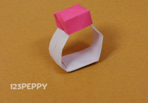 How To Make A Ring With Color Paper