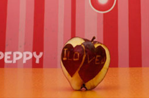 Fruit Carving - Valentines Apple