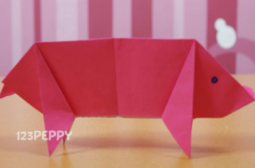 How to Make a Pig with Color Paper
