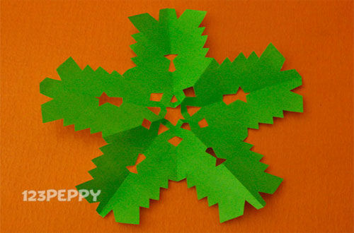 How to Make a Snow Flake with Color Paper