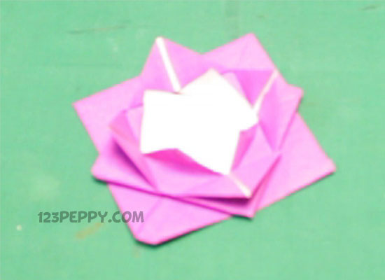 Instructions To Follow A Origami Rose Paper Craft Idea