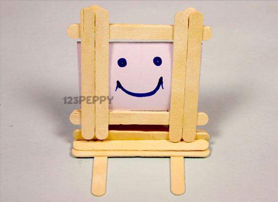 How to make Popsicle Sticks Photo Frame Online: 123Peppy.com